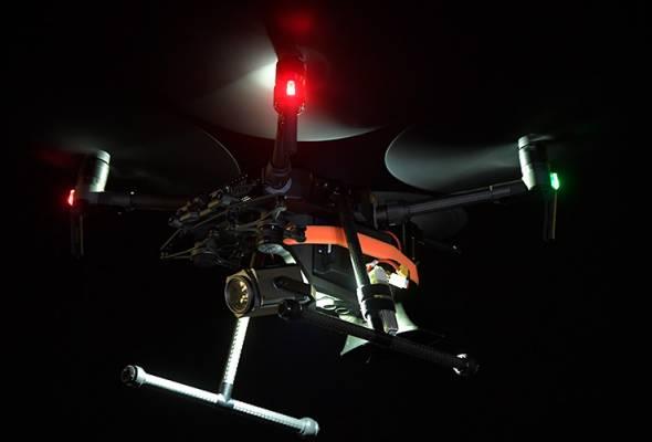 Dron digunakan secara meluas termasuk sebelah malam