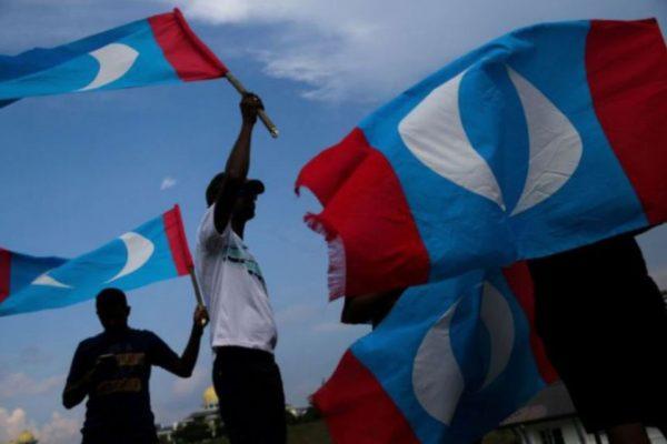 500 ahli PKR Cabang Arau dan Padang Besar keluar parti