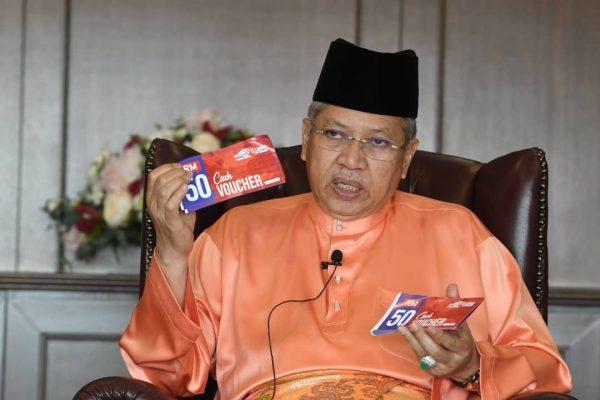 Asnaf di Putrajaya dapat baucer tunai, kad belanja AEON