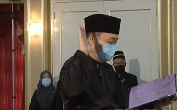 Hajiji Noor Angkat Sumpah sebagai Ketua Menteri Sabah Ke-16