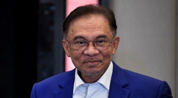 Anwar perlu buktikan secara jelas peralihan sokongan di Parlimen – Pakar Perlembagaan
