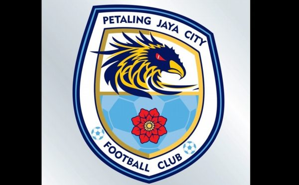 Maniam sedia kemudi PJ City FC yang dibarisi pemain tempatan