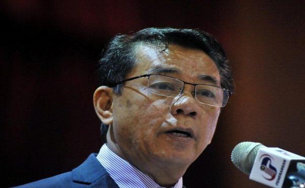 Kerajaan perkemas sistem kehadiran penjawat awam – Mohd Khairul Adib