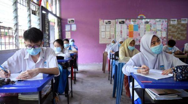 PKP: Calon peperiksaan utama dibenar hadir ke sekolah – PM