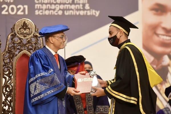 Konvokesyen MSU rai 1,959 graduan